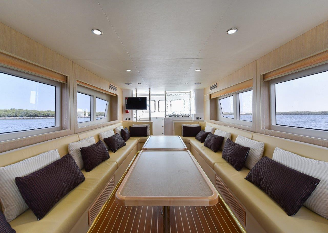 Business Meetings on Water? We Have the Perfect Corporate Boat!